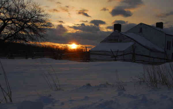 VHT Studios Announces Winners of 2014 Holiday Photography Contest