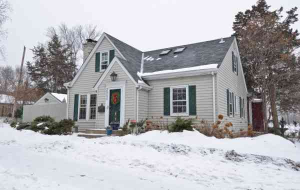 How to Capture the Best Photographs for Winter Listings